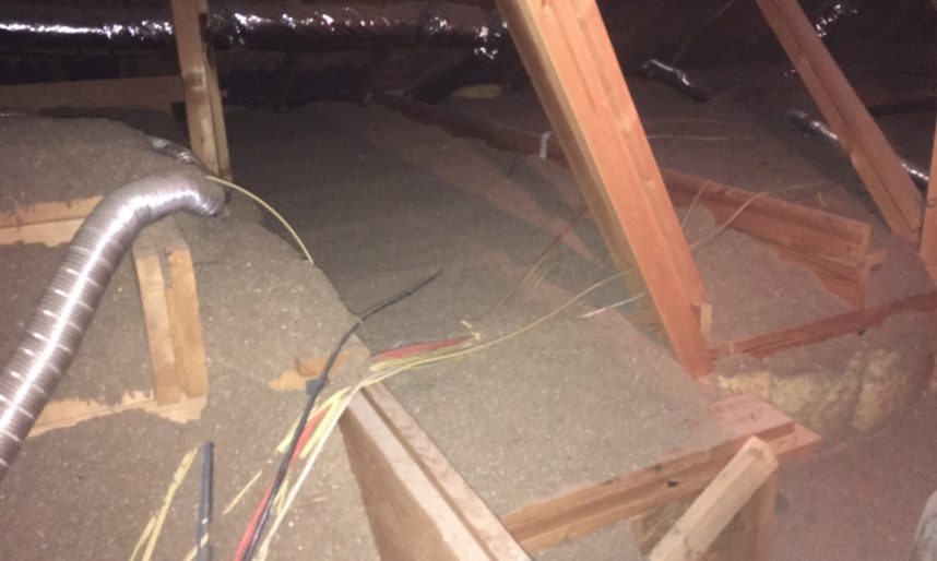 4 Signs of an Attic Insulation Problem